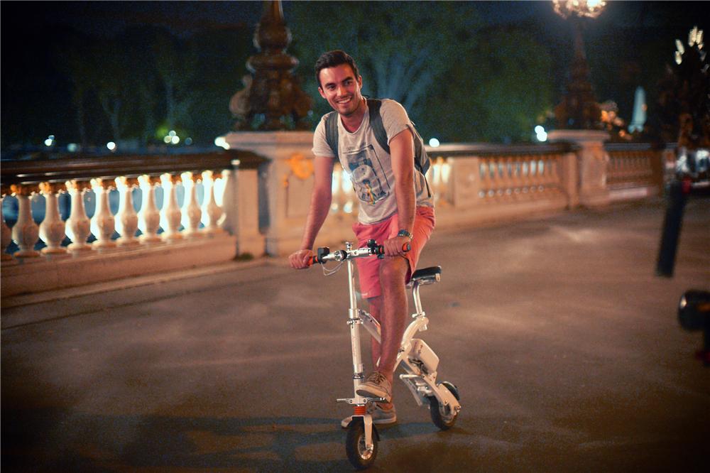 tour électrique sur scooter