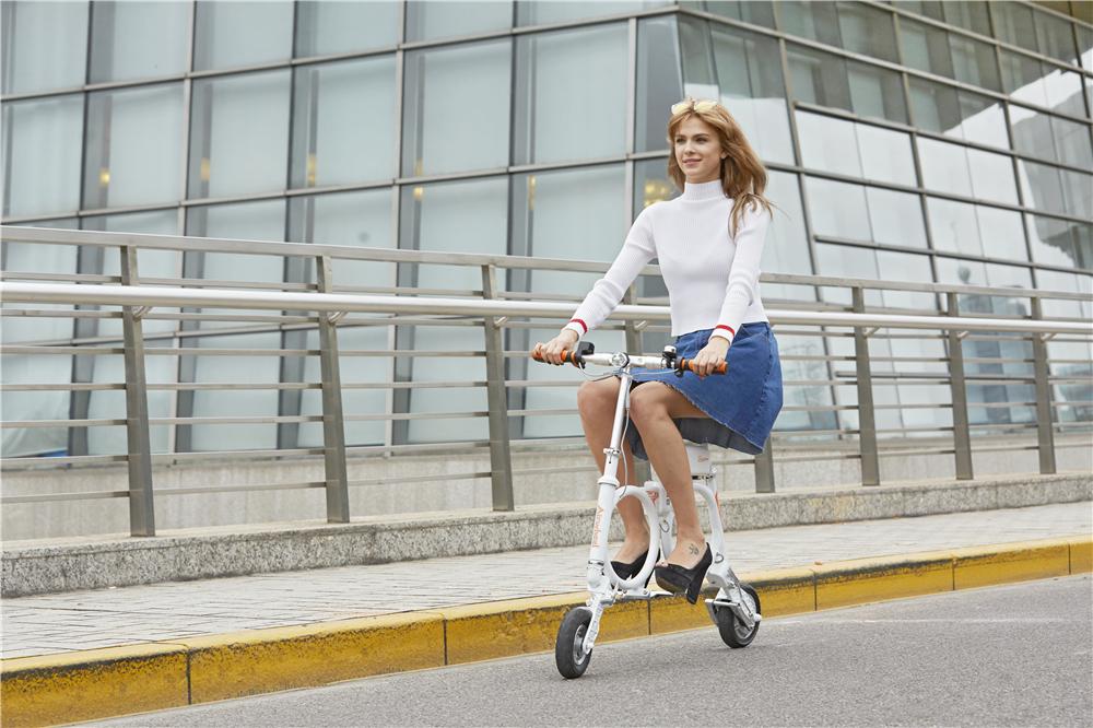 scooter électrique de la ville