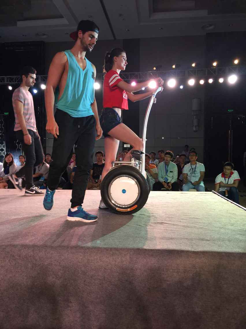Airwheel S5, électrique monocycle