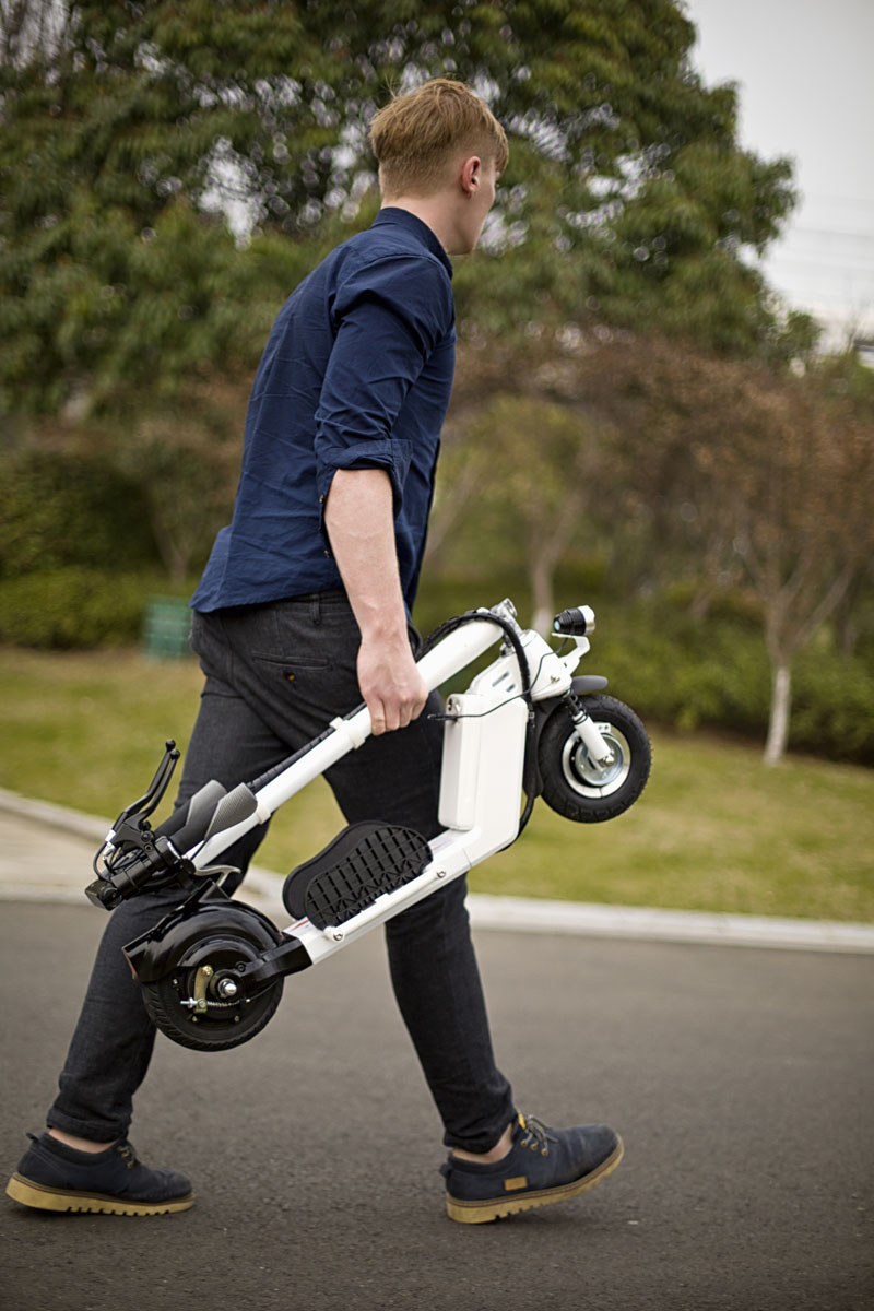 Airwheel Z5 scooter monocycle